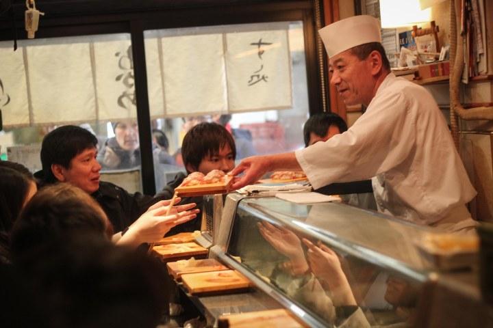 amazing sushi tokyo